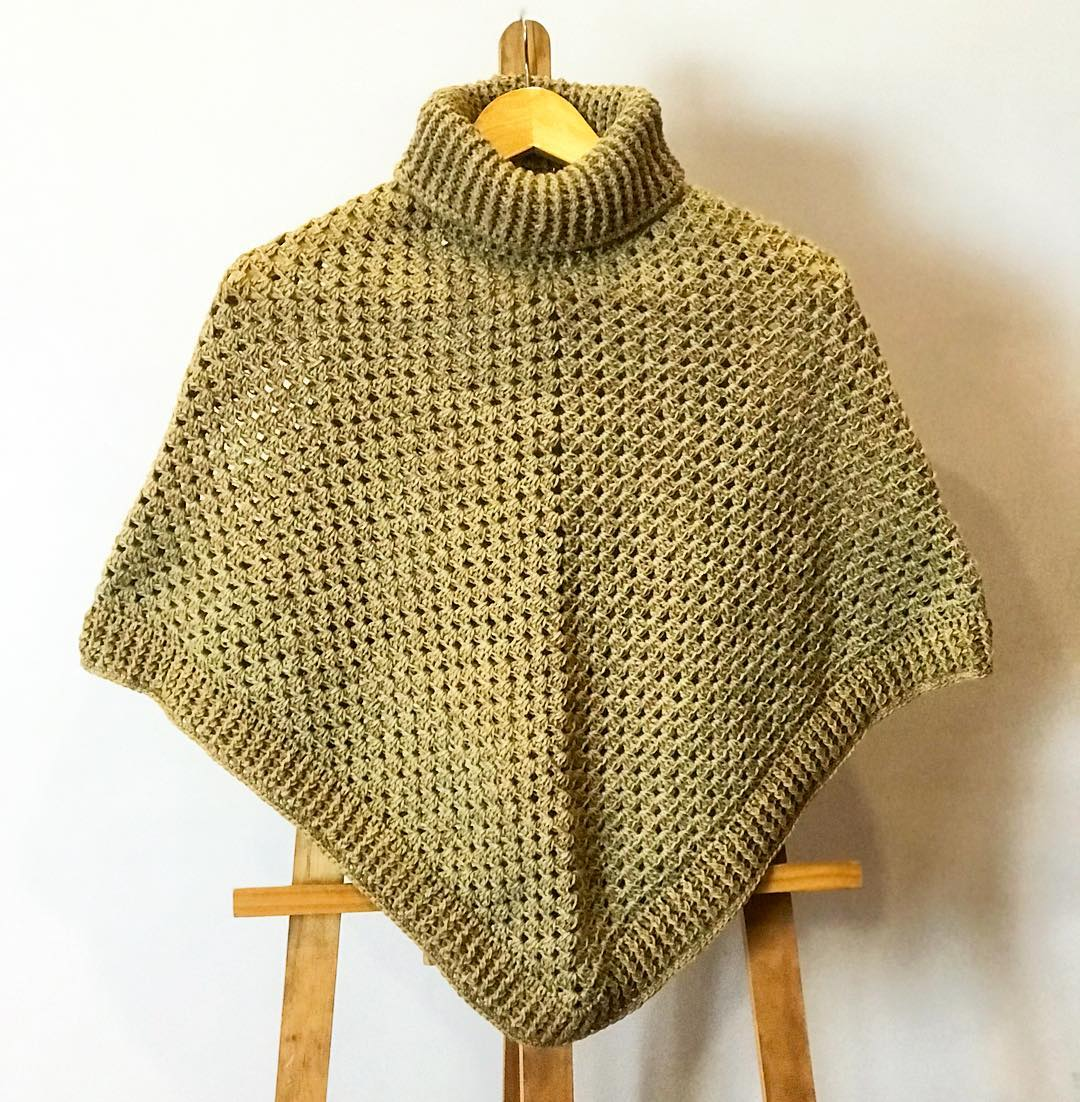 beautiful-knitted-poncho-patterns