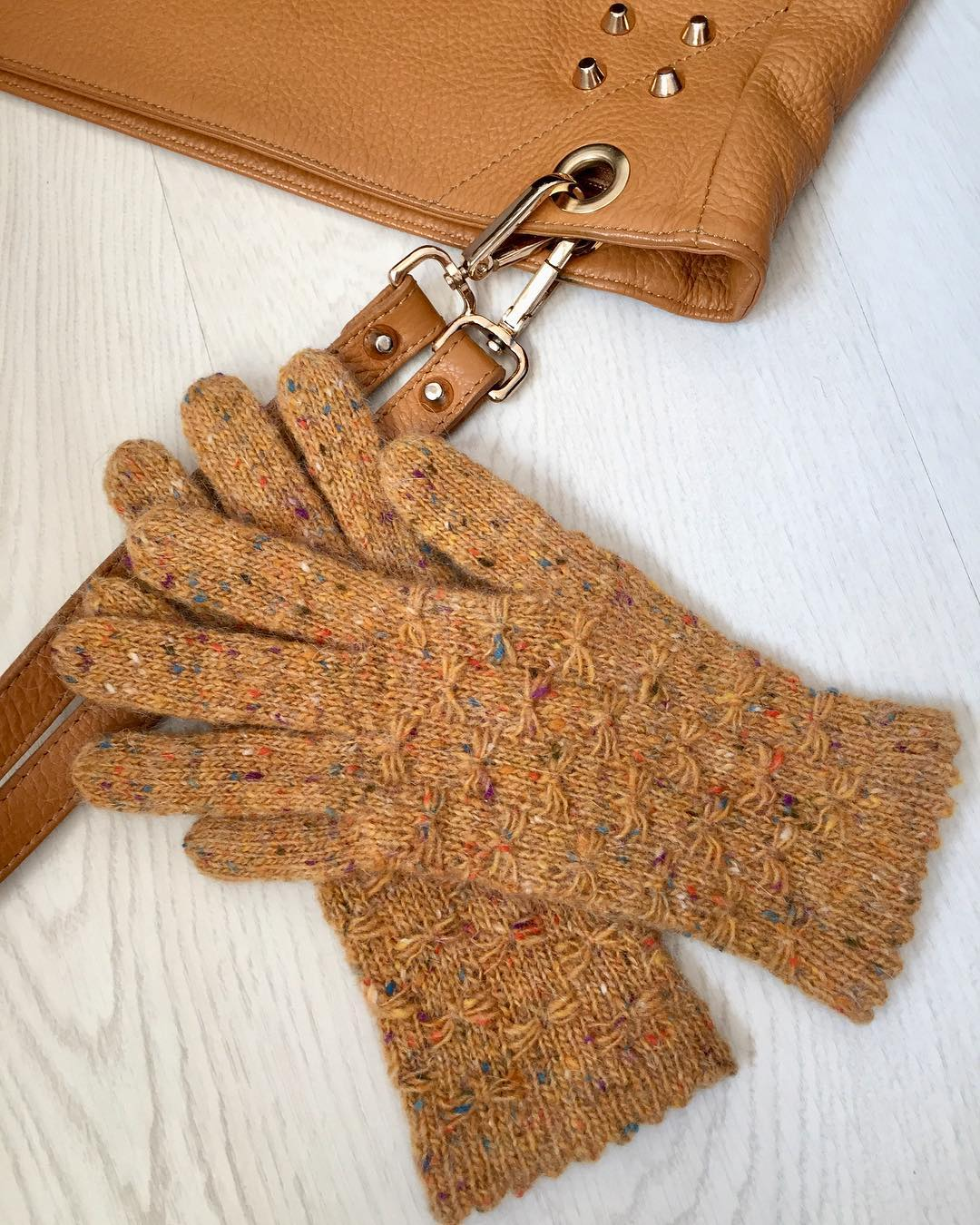 last-minute-crochet-fingerless-gloves