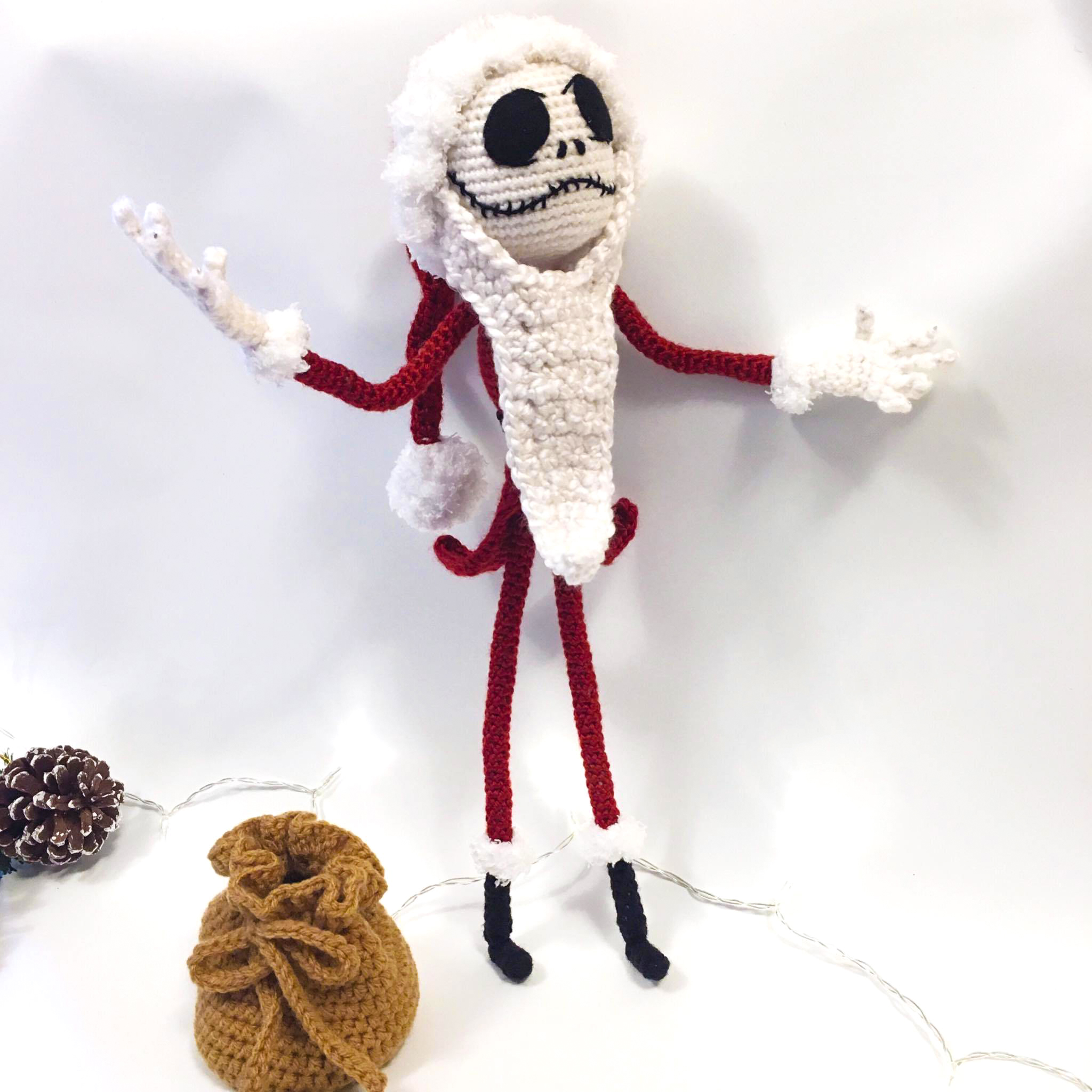 amigurumi-crochet-christmas-softies-toys-free-patterns-2019